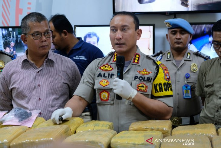 Polresta Tangerang bekuk bandar ganja 150 kilogram
