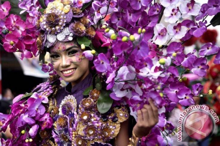 Jokowi scheduled to open Tomohon flower festival