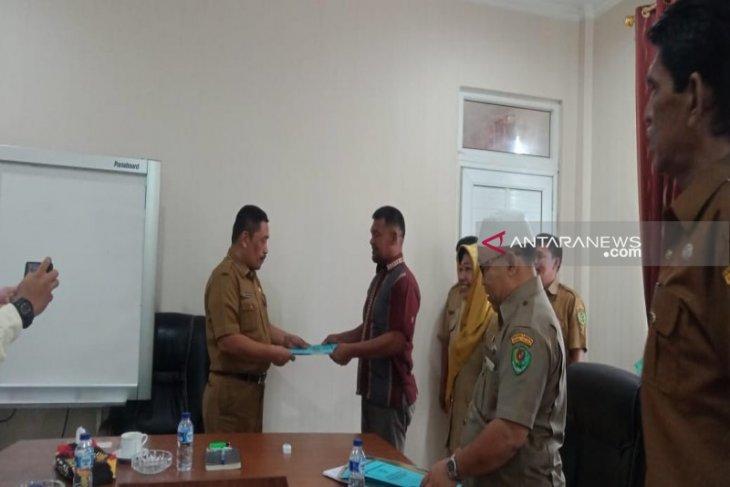 Pembenihan ikan Anton Sihombing dianugerahi 2 sertifikat dari Kementerian