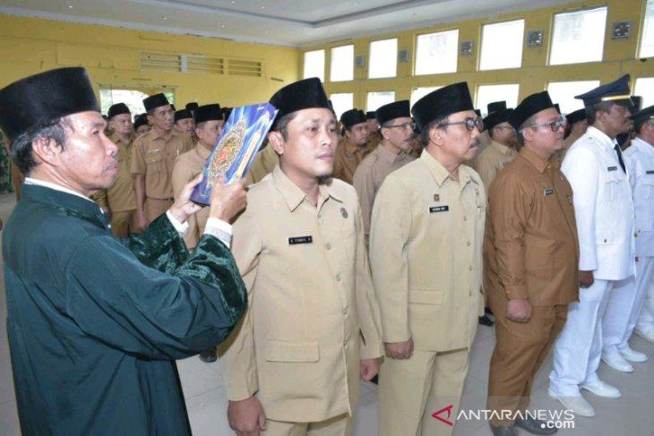 Wali kota Padangsidimpuan lantik pejabat eselon III dan IV