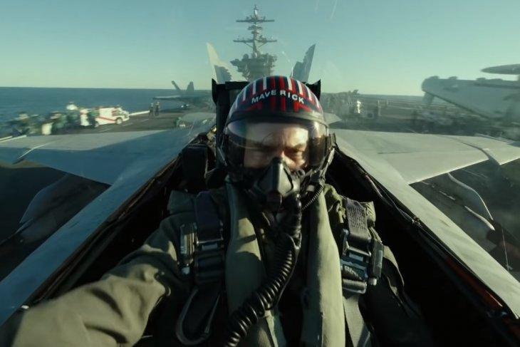 Tom Cruise bikin penggemar terkejut dengan trailer