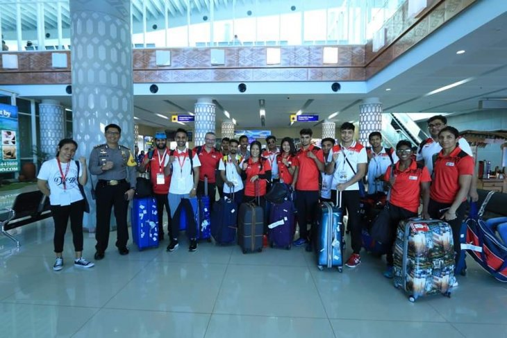 Boxing contingents from several countries arrive in Labuan Bajo