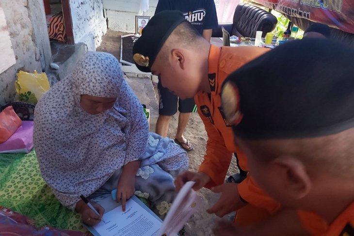 Keluarga korban jatuh dari KM Tidar minta operasi pencarian dihentikan