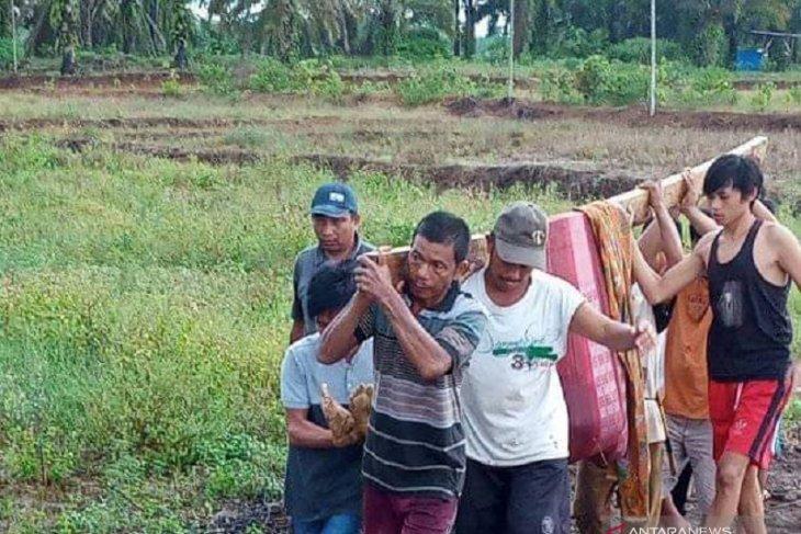 Di lahan persawahan, warga Desa Arah Tiga meninggal akibat disambar petir