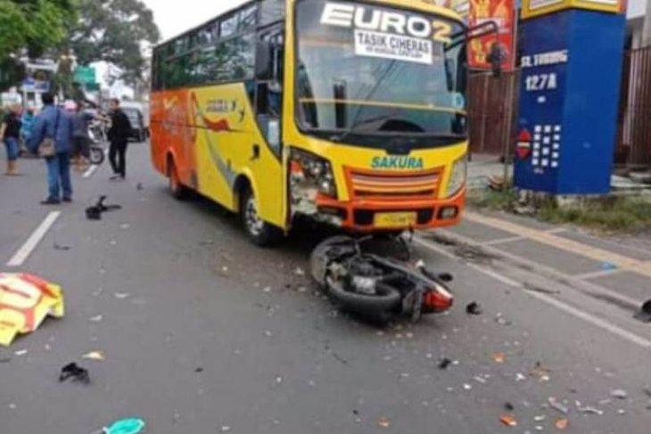 Polisi selidiki kecelakaan bus yang menyebabkan satu orang  tewas