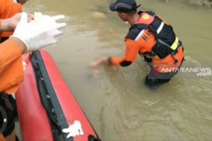 Bocah hanyut di sungai ditemukan tewas