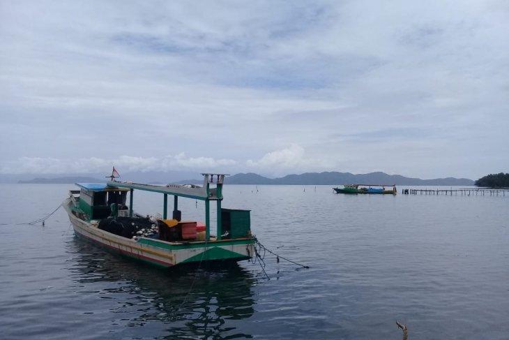 Nelayan di kawasan pesisir Halmahera Selatan enggan melaut