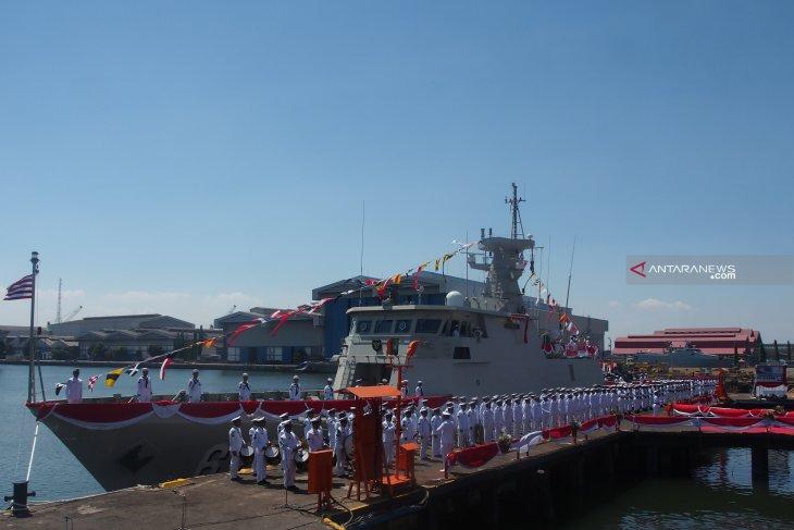 Menhan terima kapal perang KCR 60 buatan PAL (Video)