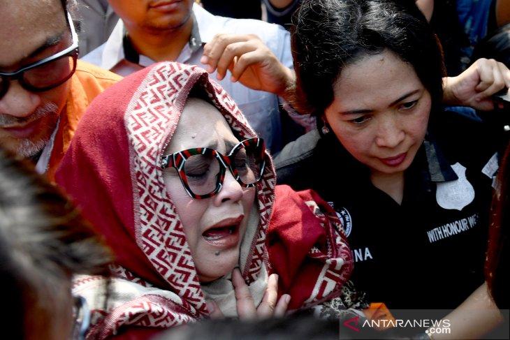 Rekonstruksi kasus narkoba Nunung, fakta-fakta digali mendalam