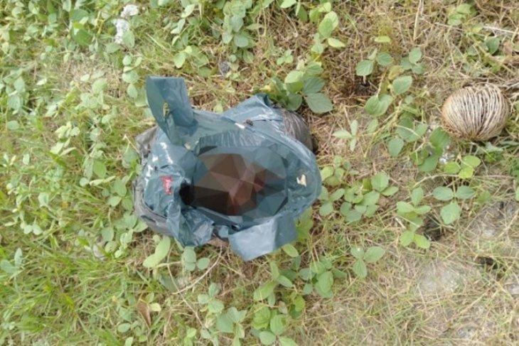 Warga temukan mayat bayi membusuk di pinggir sungai
