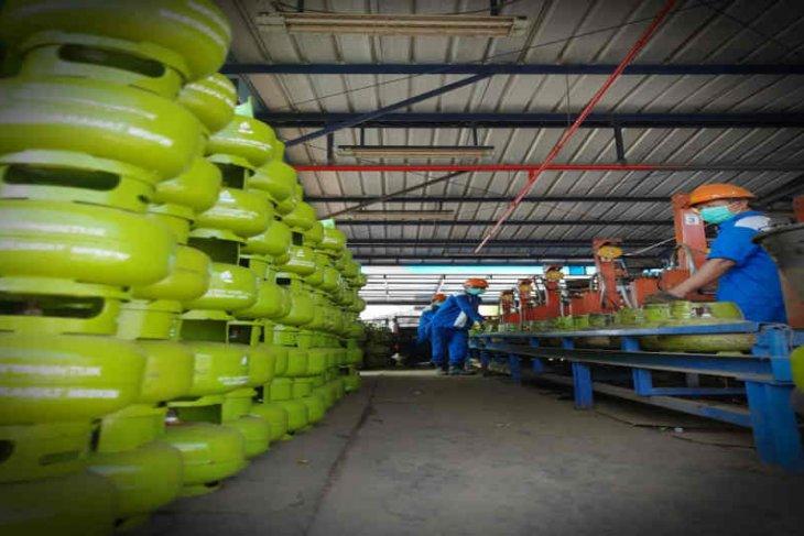 Pertamina MOR VI Kalimantan tambah pasokan elpiji 3 kilogram
