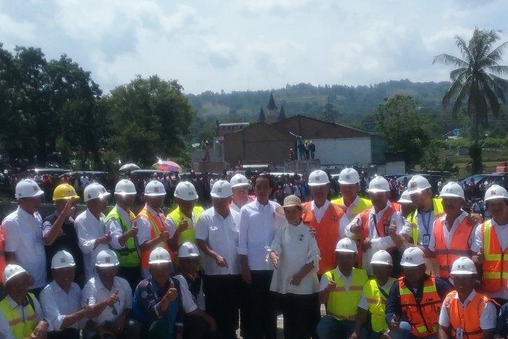 Presiden: Kapal wisata bisa memutari Pulau Samosir