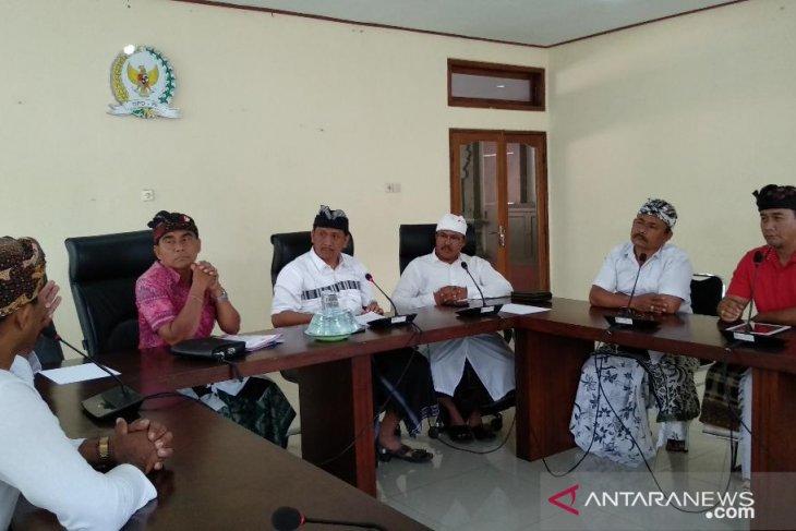 Pasek Suardika: ekonomi gusur spiritual Bali