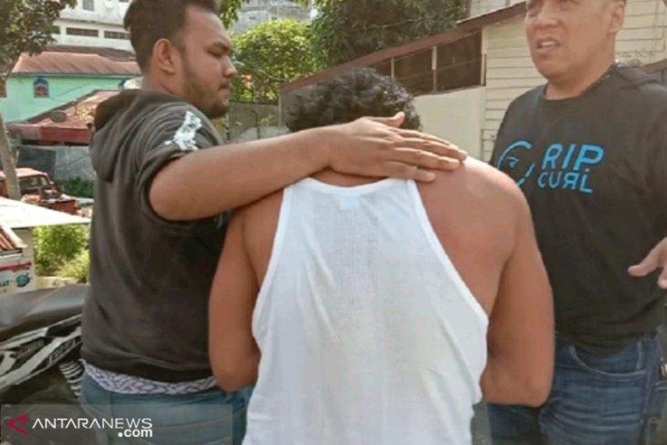 Seorang anak berusia 14 tahun disekap dan dicabuli oleh pria pengangguran
