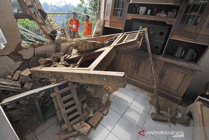 BNPB rilis korban meninggal akibat gempa Banten menjadi enam orang