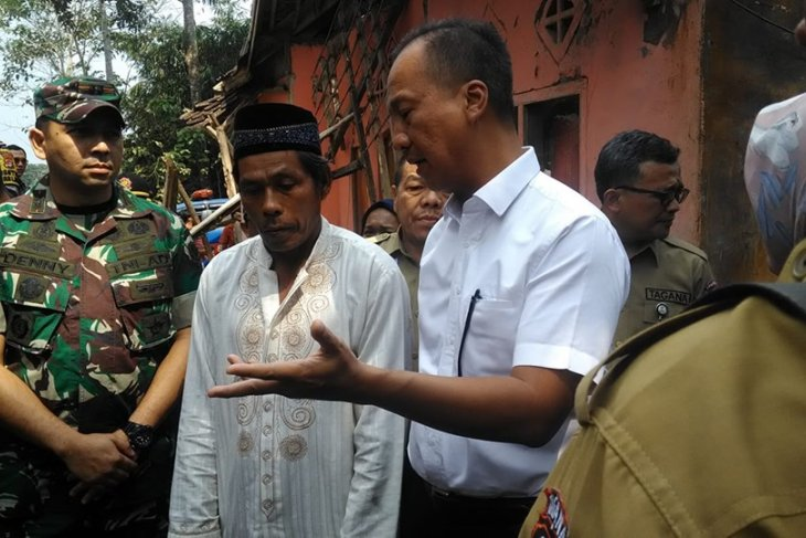 Mensos salurkan bantuan bagi korban gempa di Pandeglang