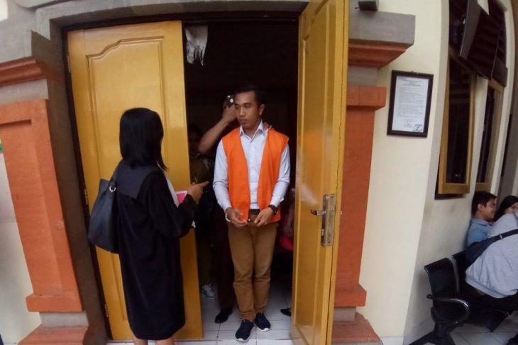 Sopir miliki narkoba dituntut 12 tahun di PN Denpasar