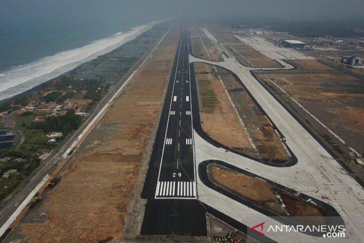 Pasokan listrik bandara  Jawa-Bali normal