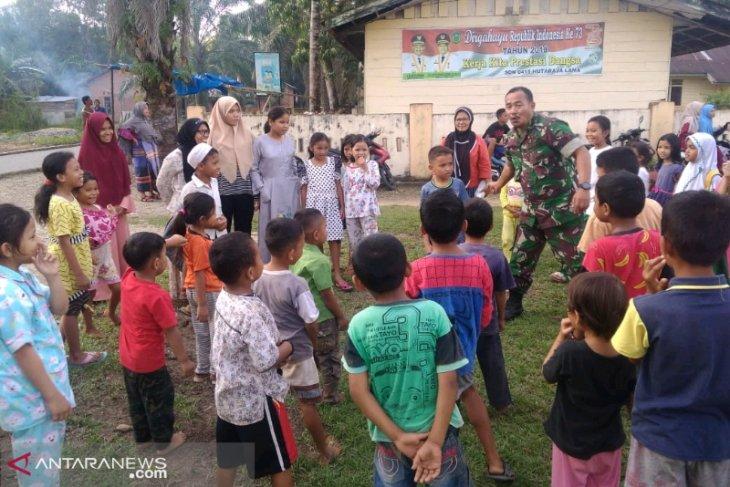 Satgas TMMD latih anak desa ye-yel TNI