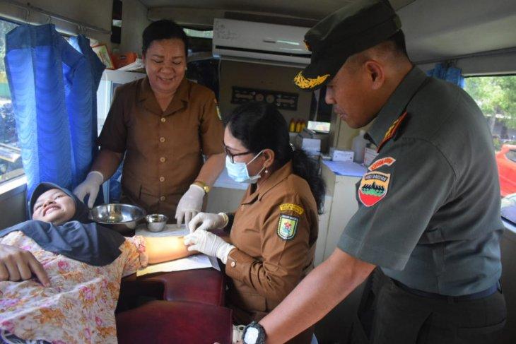 Kodim 0204/DS gelar bakti sosial TNI manunggal KB kesehatan