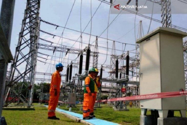 PLN Jatim amankan pasokan listrik di 390 titik selama Idul Adha