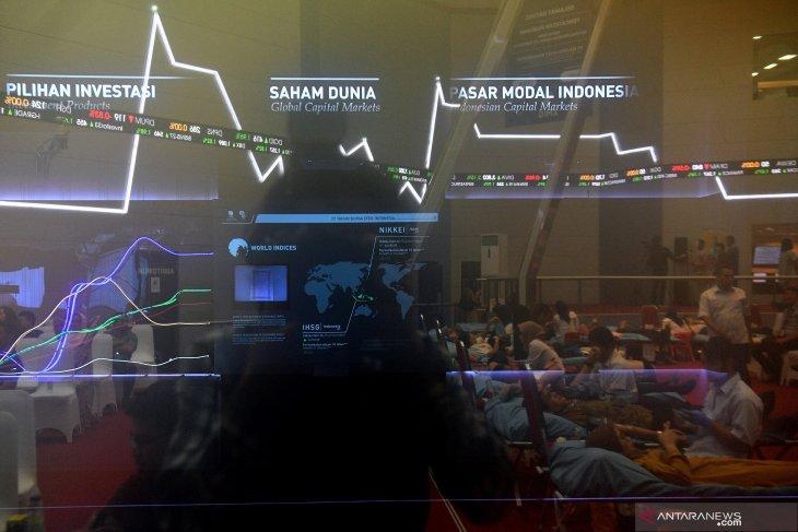 Stable economic fundamentals contribute to IHSG's 1.02 percent gain