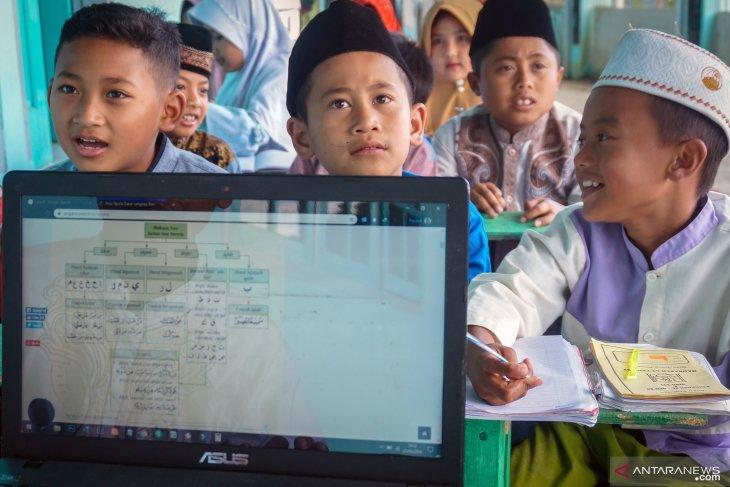 Google bagikan tips Internet aman untuk anak di ponsel Android