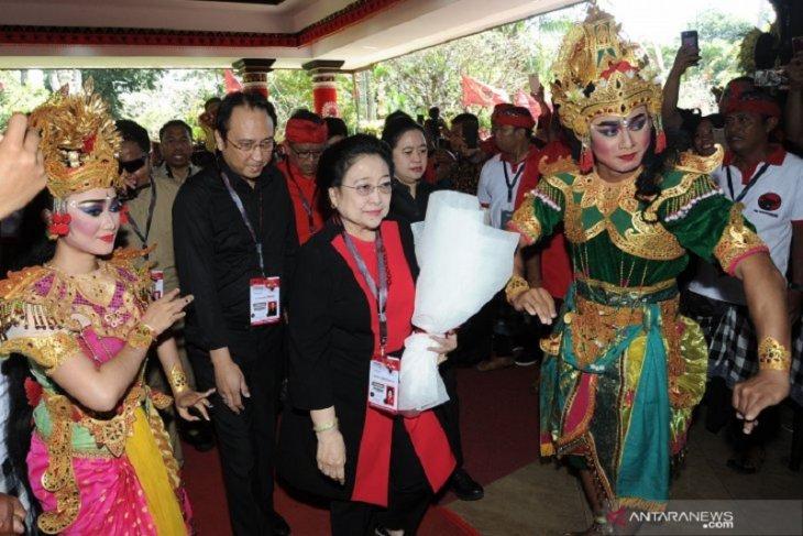 Megawati nolak PDIP hanya dapat empat menteri