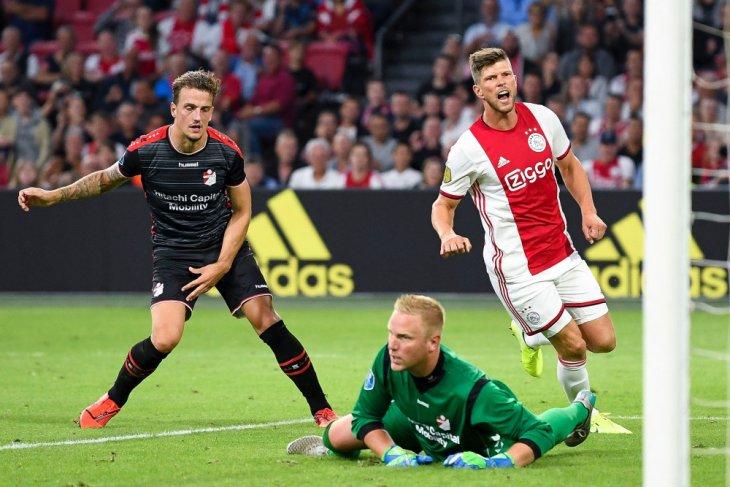 Ajax gasak tamunya Emmen dengan skor telak 5-0
