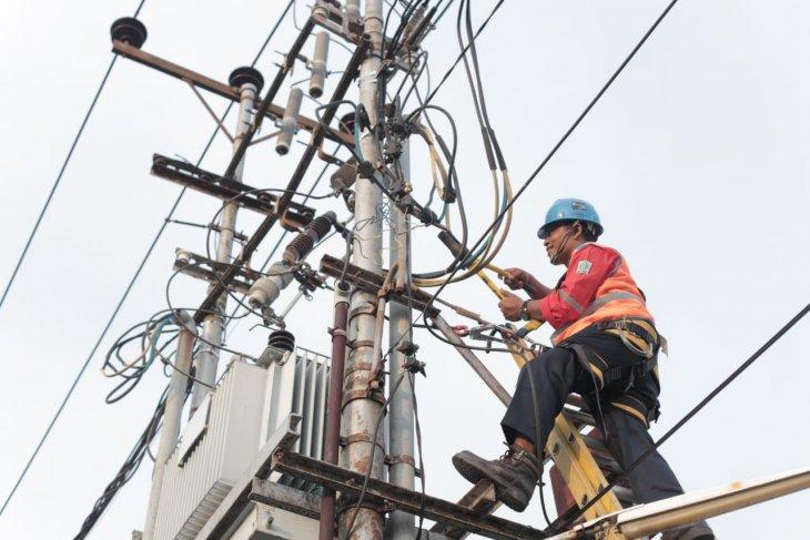 Menjaga listrik tetap menyala saat Idul Adha
