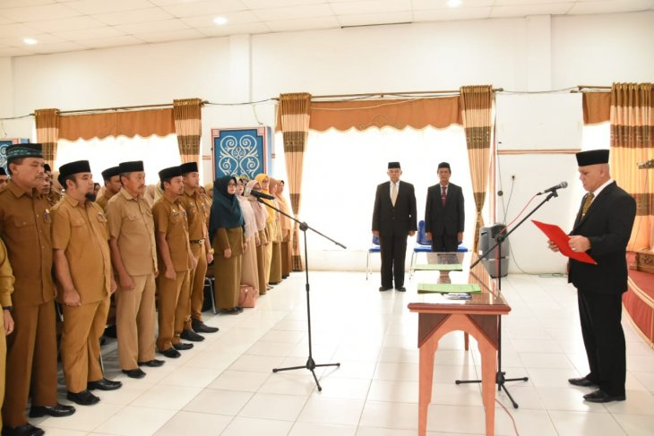 Bupati lantik Kabag Humas Setdakab Aceh Tengah
