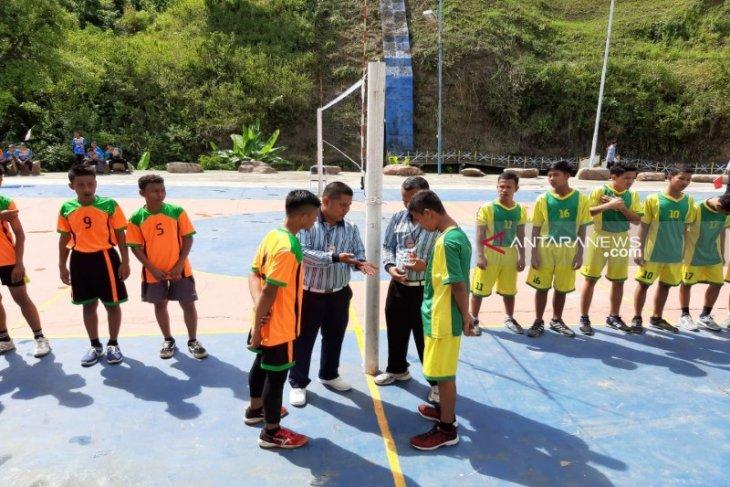 Dispora gelar turnamen bola voli tingkat pelajar
