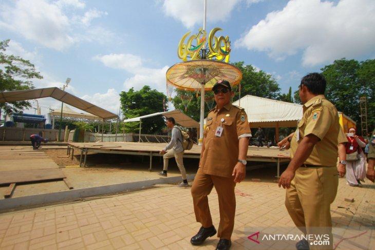 Gubernur Kalsel Tinjau Panggung HUT Ke-69 Kalsel