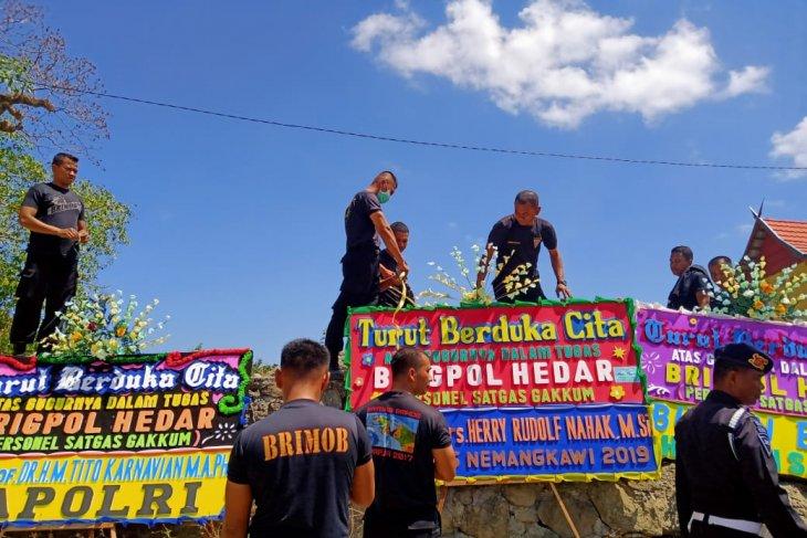 Briptu Hedar korban KKB Papua dimakamkan di kampung halamannya