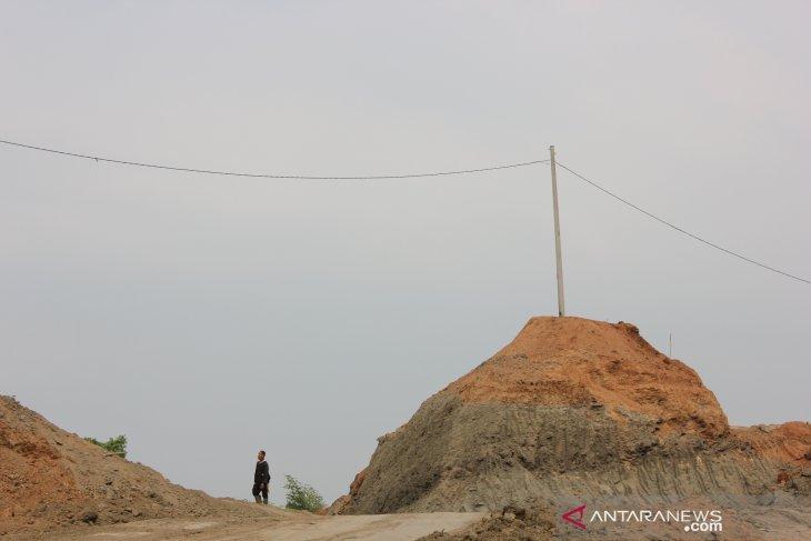 Kegiatan penambangan tanpa izin di Karawang dihentikan