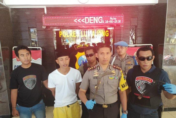 Polisi tangkap pelaku pembacokan  bapak-menantu