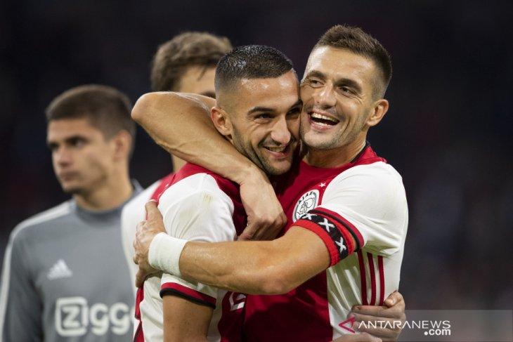 Dapat tiga penalti, Ajax tundukkan PAOK 3-2