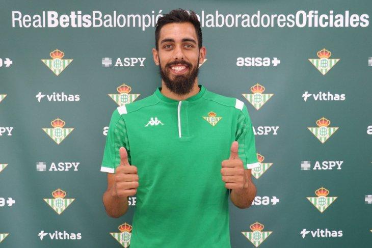 Real Betis pecahkan rekor transfer untuk datangkan Borja Iglesias