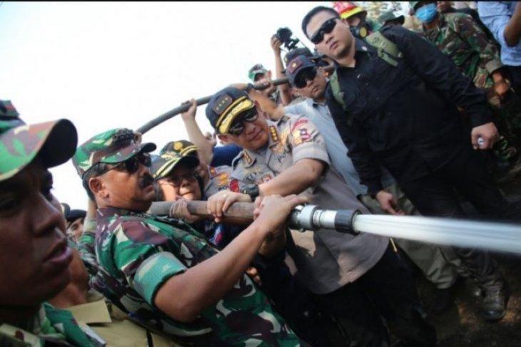Panglima TNI komitmen copot anak buah gagal tanggulangi Kebakaran hutan