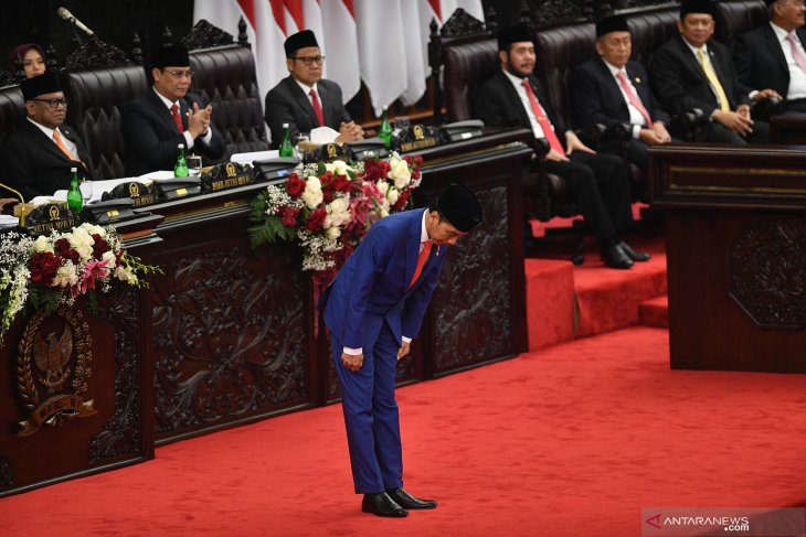 President places central focus on maintaining spirit of unity