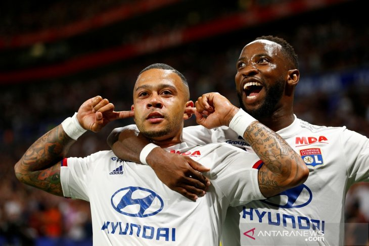Lyon cukur Angers enam gol tanpa balas di Liga Prancis
