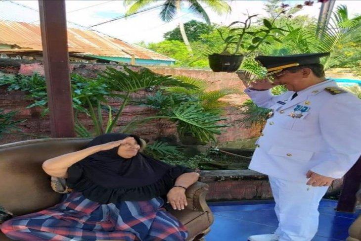 Wakil Wali Kota Tebing Tinggi hormat pada sang bunda
