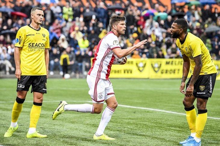 Ajax menang 4-1 di kandang Venlo