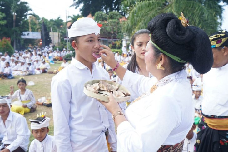 Pemkab Karangasem adakan upacara