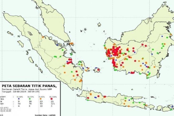 Peta sebaran titik panas di wilayah Sumatera