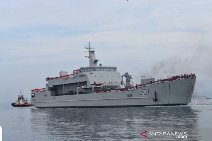 TNI AL bantu selamatkan korban pertikaian KM Mina Sejati