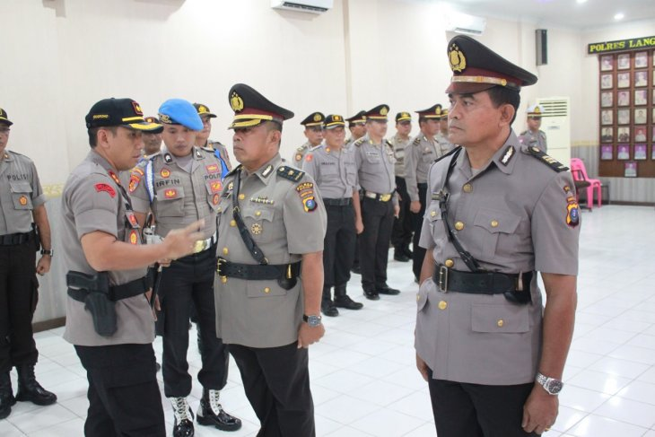 Kapolres Binjai pimpin serah terima jabatan Kabag Ops