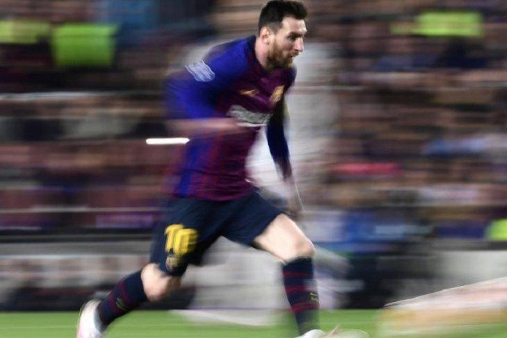 Messi masih berlatih terpisah akibat cedera betis