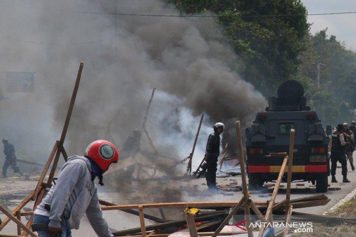 Polisi tangani 26 laporan kerusuhan beruntun di Papua Barat