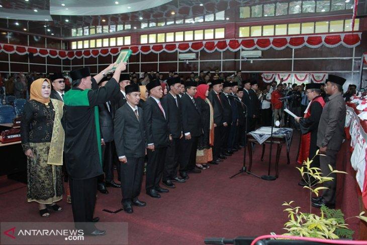 Anggota DPRD Kota Bengkulu dilantik, fokus penanganan banjir